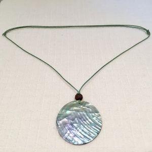 Natural shell circle necklace